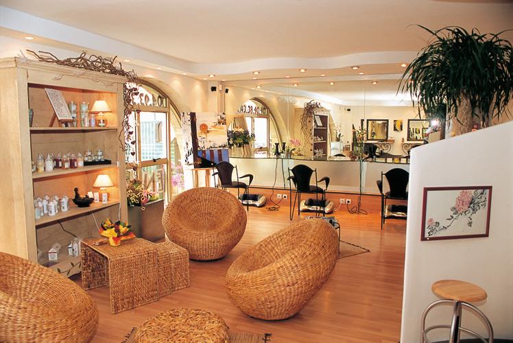 Coiffeur cannes tendance color salon de coiffure coloriste - Salon de coiffure cannes ...